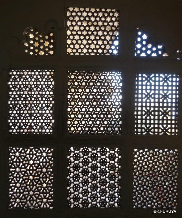 """インド・ラジャスタンの旅 13 ウダイプール """"シティパレス"""" その1_a0092659_22090151.jpg"""
