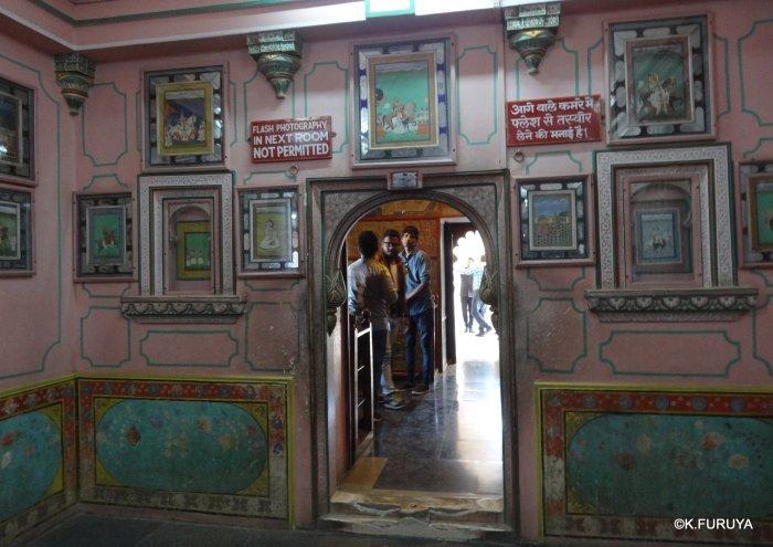 """インド・ラジャスタンの旅 13 ウダイプール """"シティパレス"""" その1_a0092659_22495888.jpg"""
