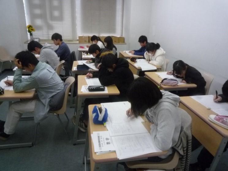 今年の受験生は公立高校全員合格!_b0164659_2291319.jpg