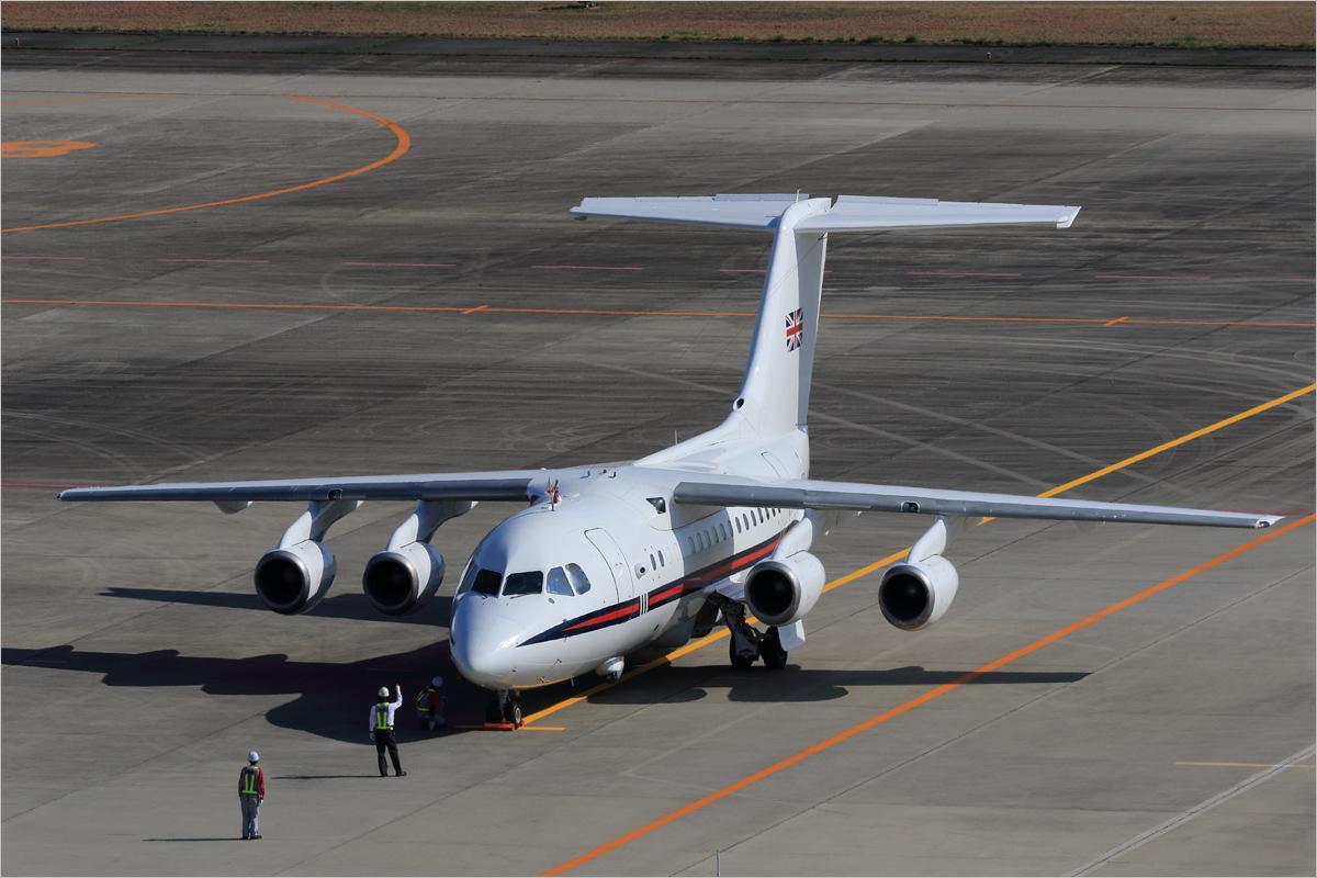G7外相会合 / 英 - 広島空港_c0308259_10424622.jpg