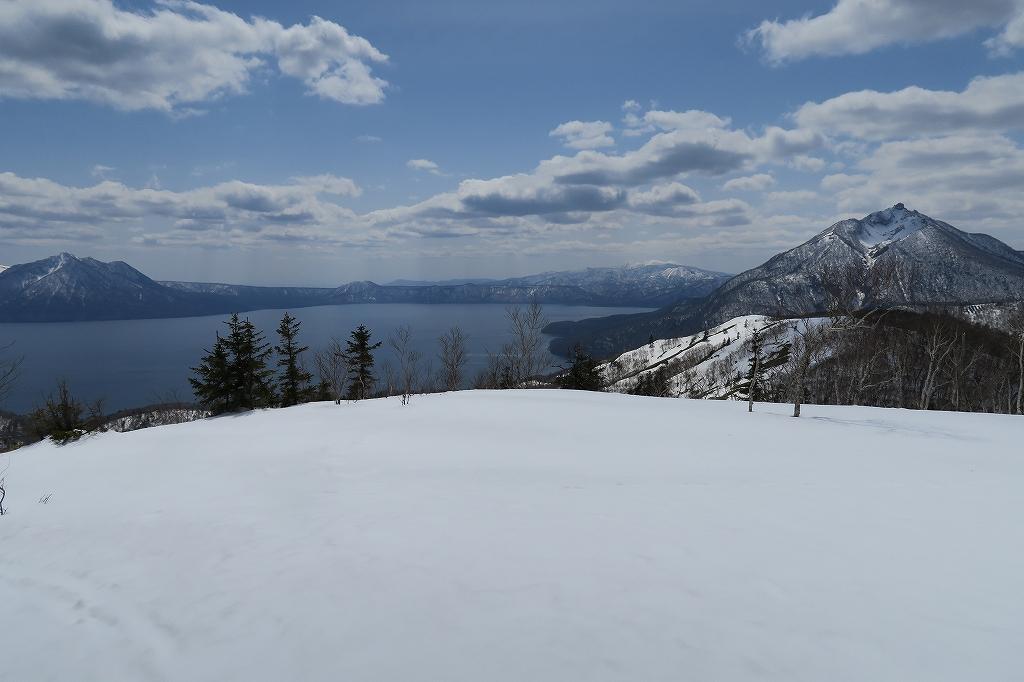 イチャンコッペ山と幌平山、4月12日_f0138096_17262056.jpg