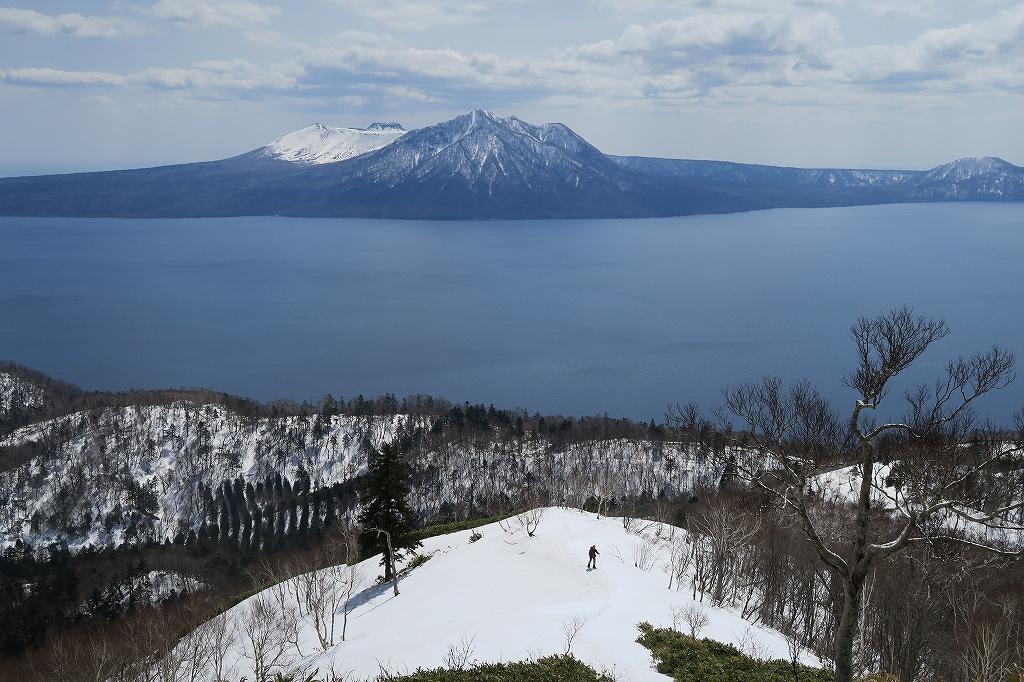 イチャンコッペ山と幌平山、4月12日_f0138096_1726331.jpg