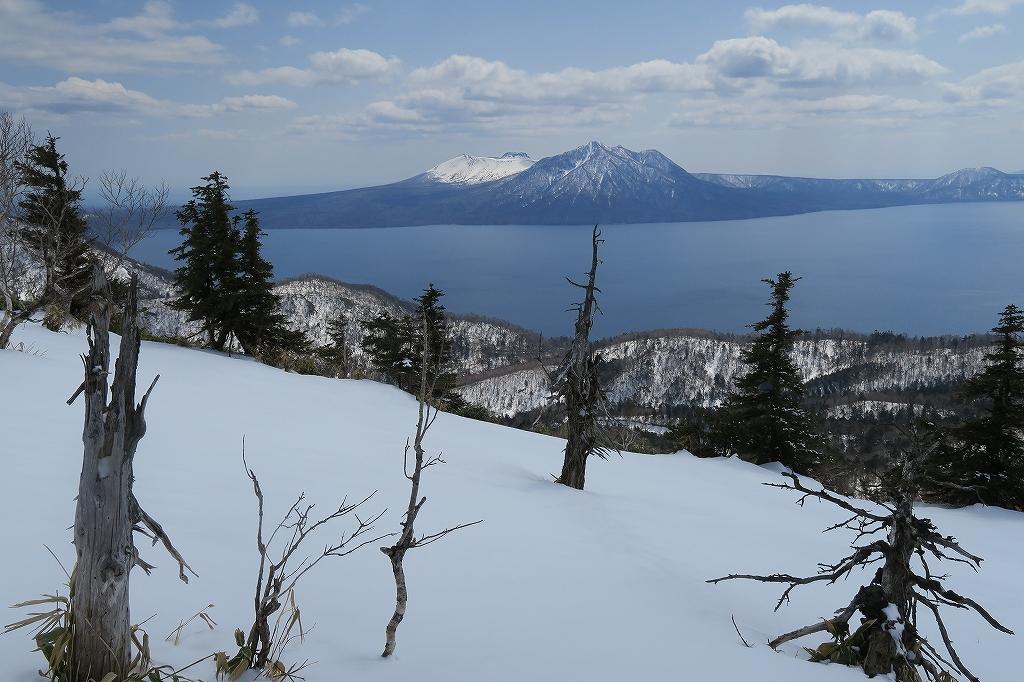 イチャンコッペ山と幌平山、4月12日_f0138096_17263623.jpg