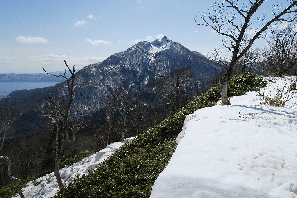 イチャンコッペ山と幌平山、4月12日_f0138096_17273420.jpg