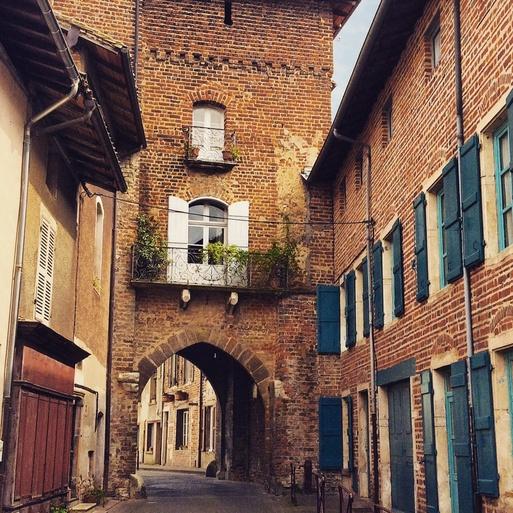 Un petit village charmant「小さな町」_c0181241_74378.jpg