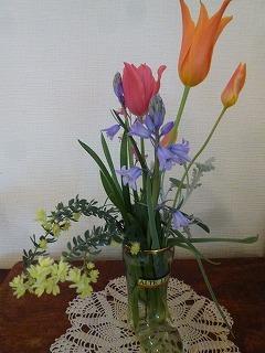 happy timeその2  素敵なティータイム&お庭のお花を頂いて♪_a0165160_17001191.jpg