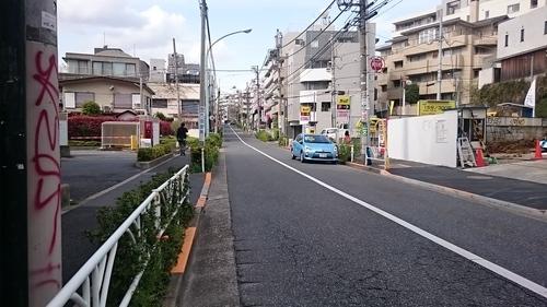 「この坂道」_a0075684_0544775.jpg