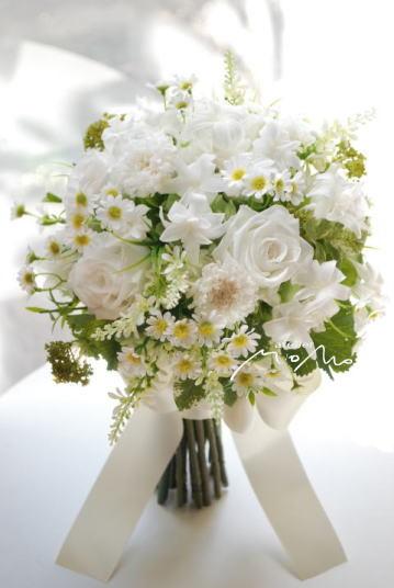 野の花を束ねたようなクラッチブーケ!_a0136507_21415520.jpg