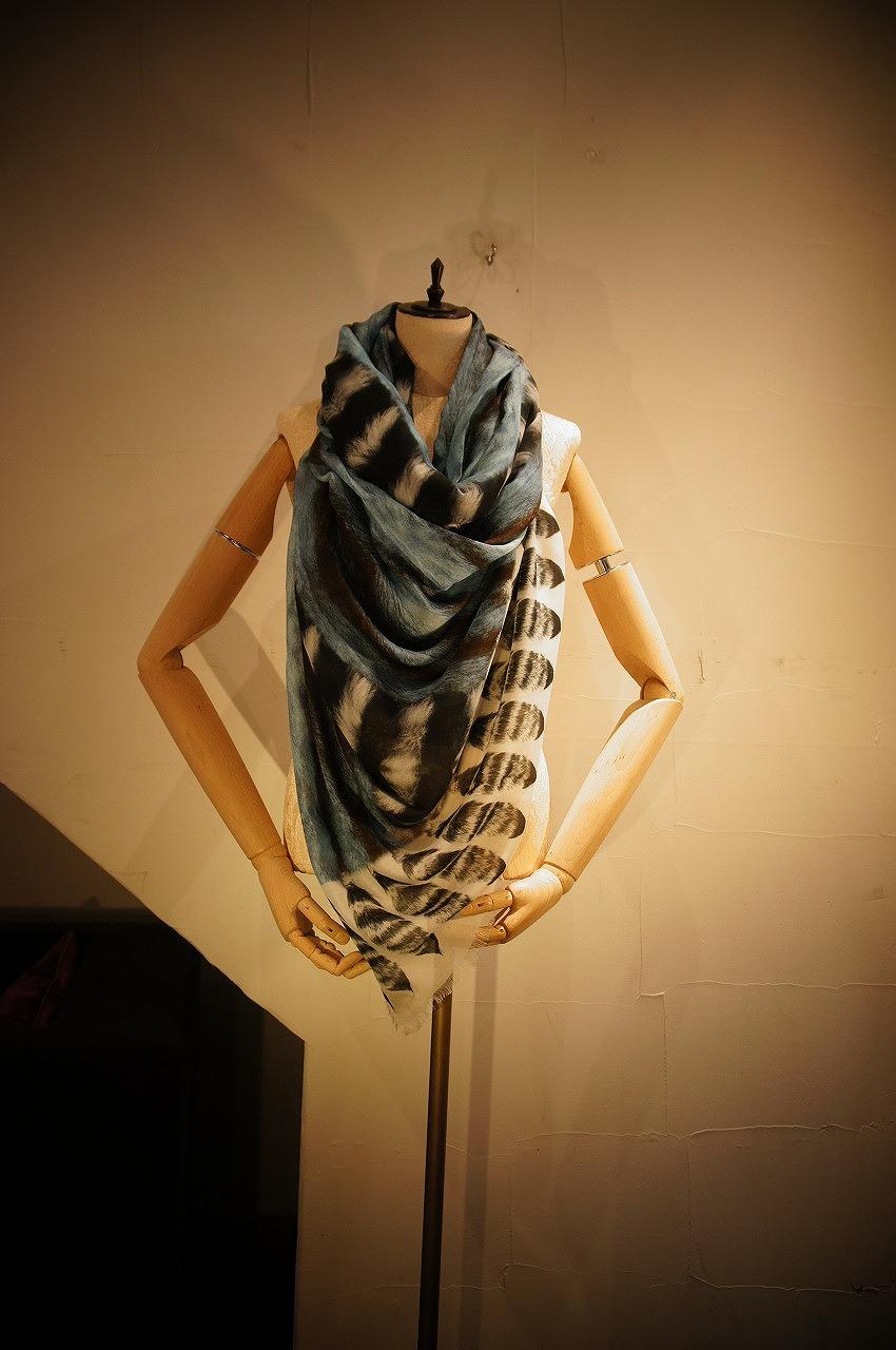 大人気VASSILISAスカーフ再入荷いたしました!!_b0115615_1937169.jpg