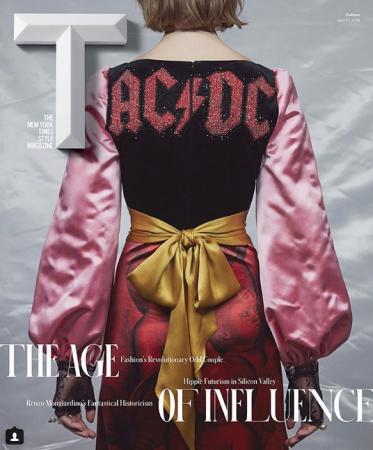 AC/DCのロゴをフィーチャーしたGucciのドレス_b0233987_19464379.png