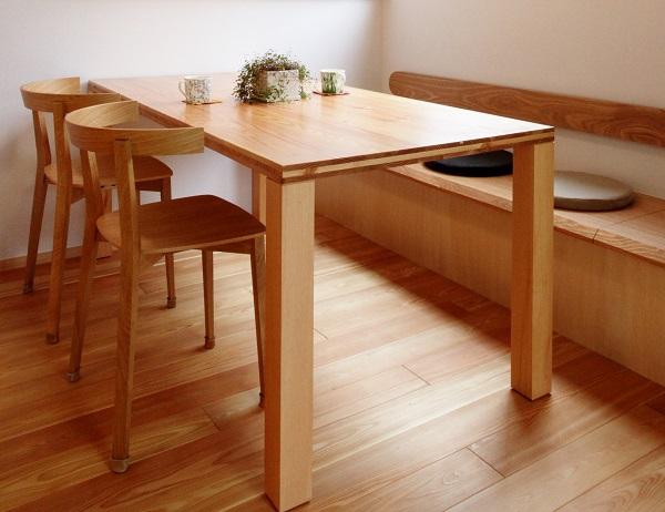 在庫のテーブル兼座卓を特価で販売します。_c0019551_1533329.jpg