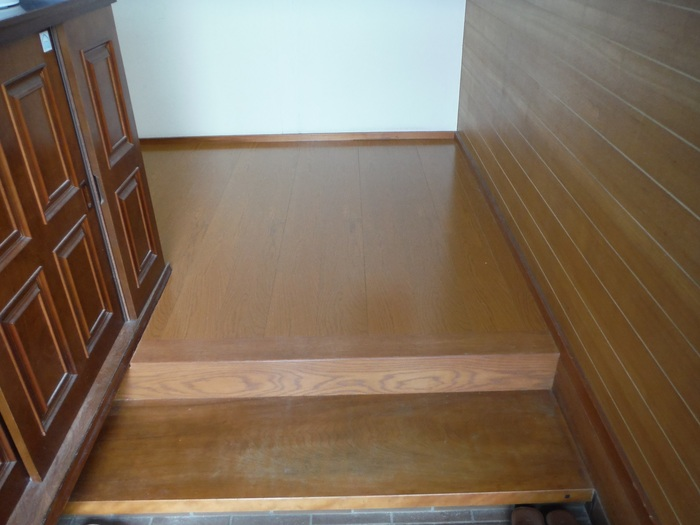 キッチンと廊下 ~ 工事終了です。_d0165368_4104816.jpg