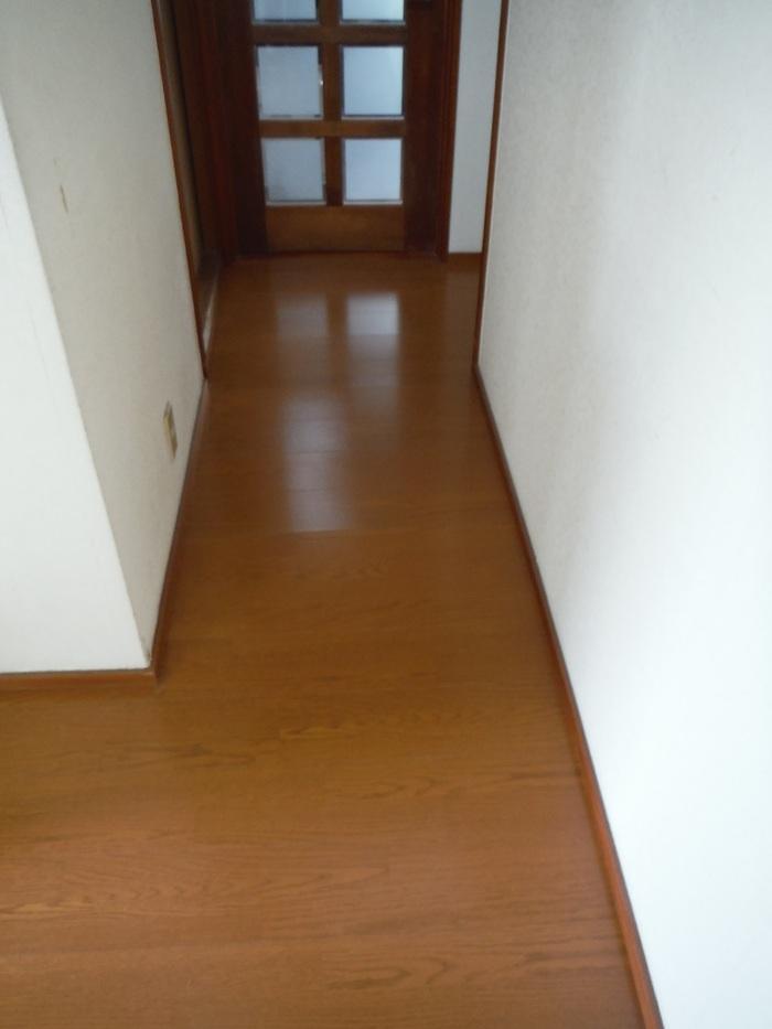 キッチンと廊下 ~ 工事終了です。_d0165368_411158.jpg