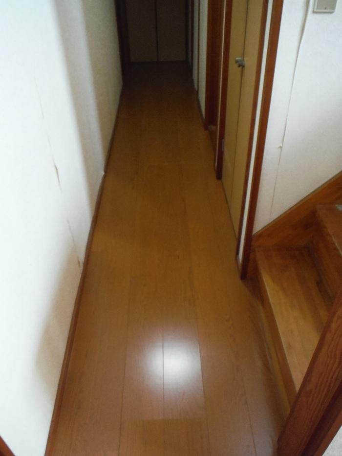 キッチンと廊下 ~ 工事終了です。_d0165368_4112064.jpg