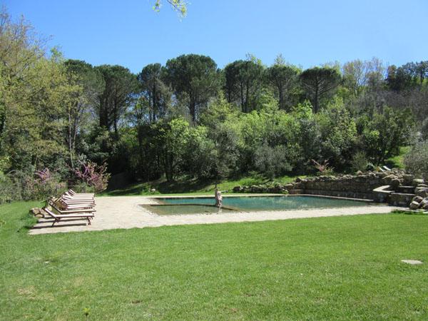 人数制限のあるマレンマ地区のリッチな温泉へ!!_c0179785_0331229.jpg