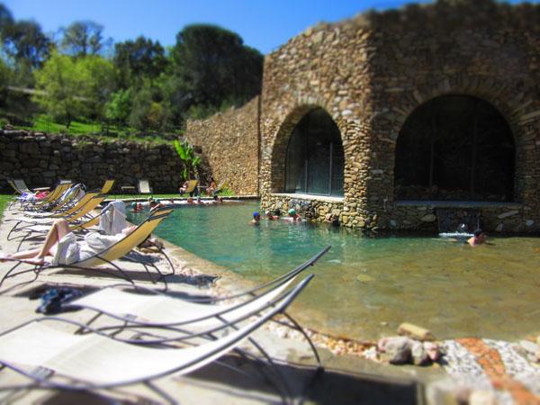 人数制限のあるマレンマ地区のリッチな温泉へ!!_c0179785_033883.jpg
