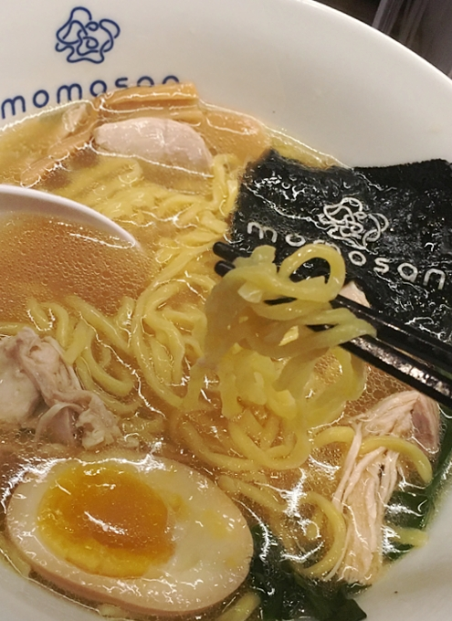 NYに「和の鉄人」森本正治さんのラーメン店、Momosan Ramen & Sake(ももさんラーメン)オープン!!!_b0007805_21375534.jpg