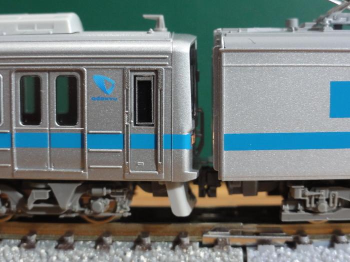 GM小田急1000形1051F入線_a0359818_15051012.jpg