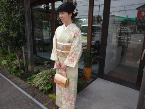 結婚式で訪問着のお着物(*^^*)_f0170422_09020699.jpg