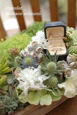 お花でリングピロー_a0114655_16452833.jpg