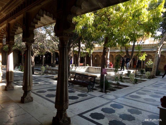 """インド・ラジャスタンの旅 14 ウダイプール """"シティパレス"""" その2_a0092659_17253003.jpg"""