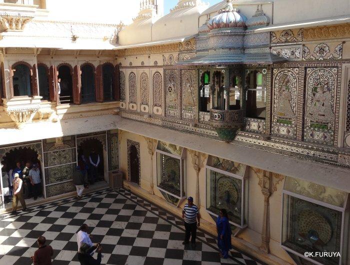 """インド・ラジャスタンの旅 14 ウダイプール """"シティパレス"""" その2_a0092659_17282144.jpg"""
