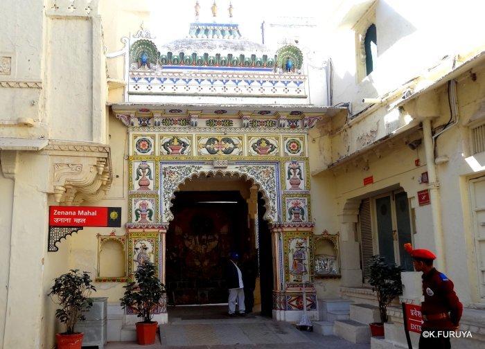 """インド・ラジャスタンの旅 14 ウダイプール """"シティパレス"""" その2_a0092659_18131297.jpg"""