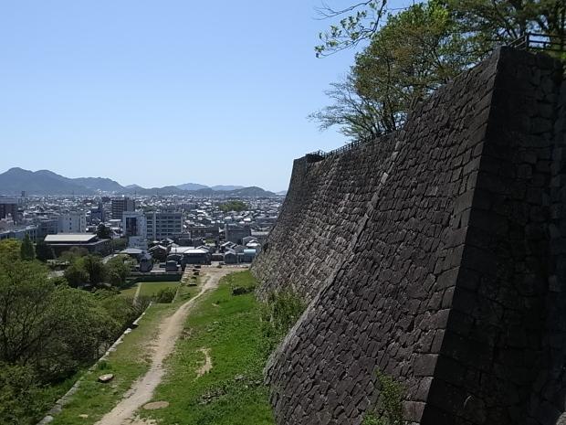 丸亀城ほか丸亀市散策_f0197703_12074857.jpg