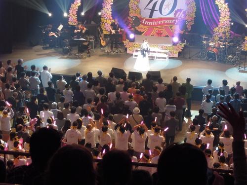 岩崎宏美40周年感謝祭 光の軌跡_e0116211_10193017.jpg