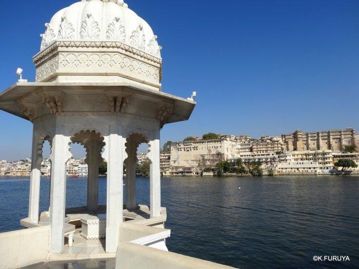 インド・ラジャスタンの旅 15 タージ・レイク・パレス_a0092659_17455473.jpg