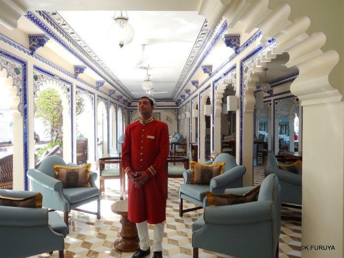 インド・ラジャスタンの旅 15 タージ・レイク・パレス_a0092659_17472535.jpg