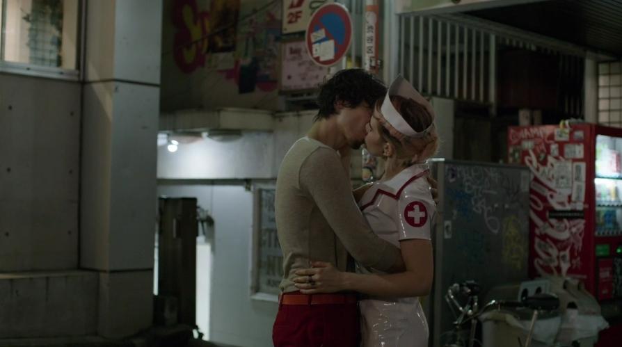 米ドラマ「GIRLS」シーズン5第3話、第5話の日本ロケ・シーンまとめ_b0007805_9495919.jpg