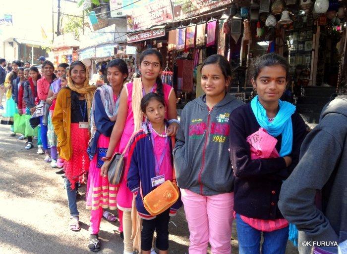インド・ラジャスタンの旅 16 ウダイプールひとり歩き_a0092659_20145034.jpg