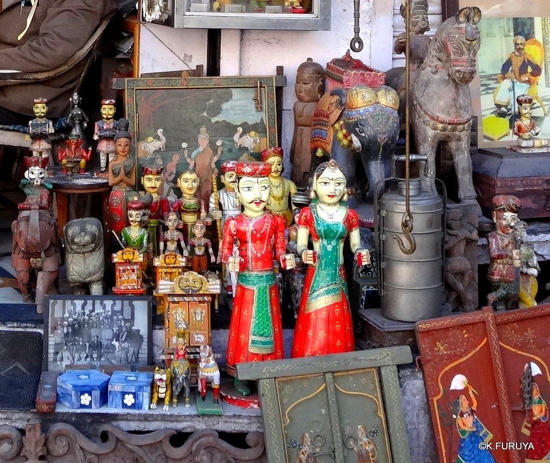 インド・ラジャスタンの旅 16 ウダイプールひとり歩き_a0092659_20371670.jpg