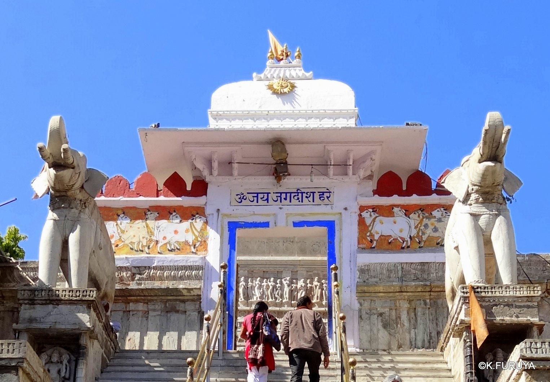 インド・ラジャスタンの旅 16 ウダイプールひとり歩き_a0092659_22184763.jpg