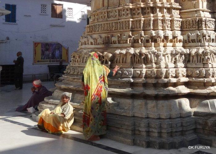 インド・ラジャスタンの旅 16 ウダイプールひとり歩き_a0092659_22342027.jpg