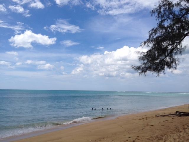 たまにはビーチも_f0144385_14001553.jpg