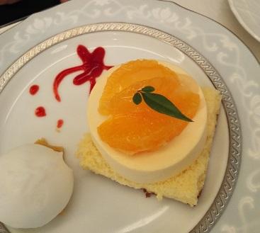 北浜・五感で究極のケーキを食す_d0043390_2165295.jpg