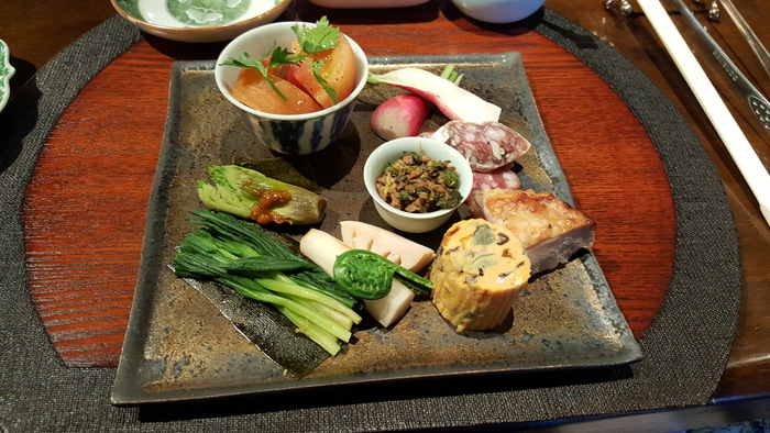 1日2組限定。秘密の一軒家で食べる至福の韓国料理_a0223786_1032541.jpg