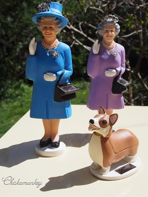 Happy Birthday to Her Majesty the Queen 90歳記念のお紅茶とティータオル_f0238789_1727134.jpg