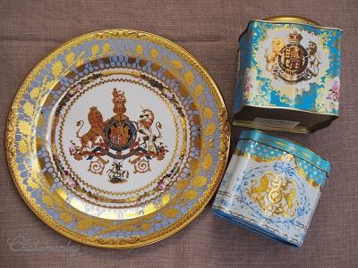 Happy Birthday to Her Majesty the Queen 90歳記念のお紅茶とティータオル_f0238789_17301820.jpg