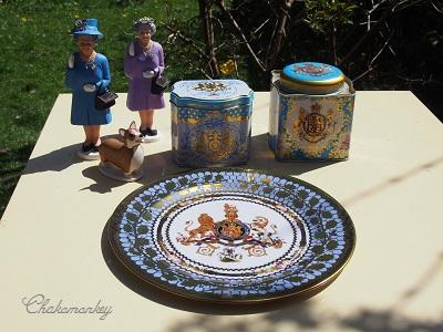 Happy Birthday to Her Majesty the Queen 90歳記念のお紅茶とティータオル_f0238789_17311715.jpg