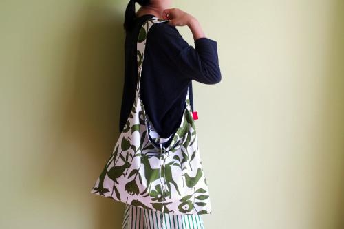 持ち方いろいろ「wear bag」_e0243765_00564358.jpg