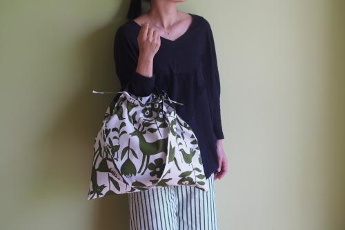 持ち方いろいろ「wear bag」_e0243765_00574872.jpg