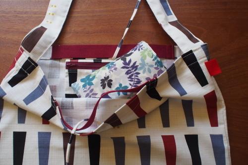 持ち方いろいろ「wear bag」_e0243765_01095729.jpg