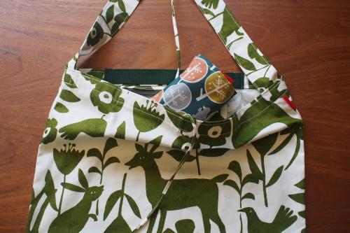 持ち方いろいろ「wear bag」_e0243765_01104644.jpg