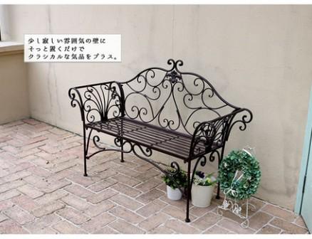 アンティークな素敵なベンチご紹介~♪_f0029571_12295149.jpg