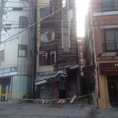 熊本の地震で後輩が被災しました、、_b0272087_01021984.jpg