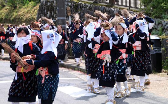 大原女(おおはらめ)祭り 4/23~5/8_e0048413_1922551.jpg