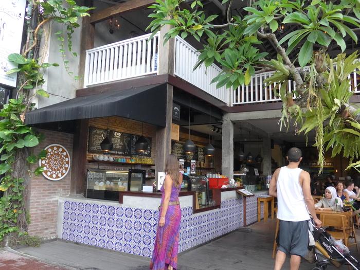 バリ島へ行く。⑬ ~「???カフェ」編~_f0232060_1655257.jpg